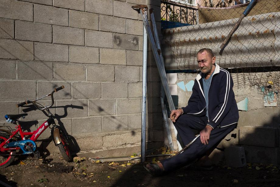 Валерий во дворе нового «Теремка».