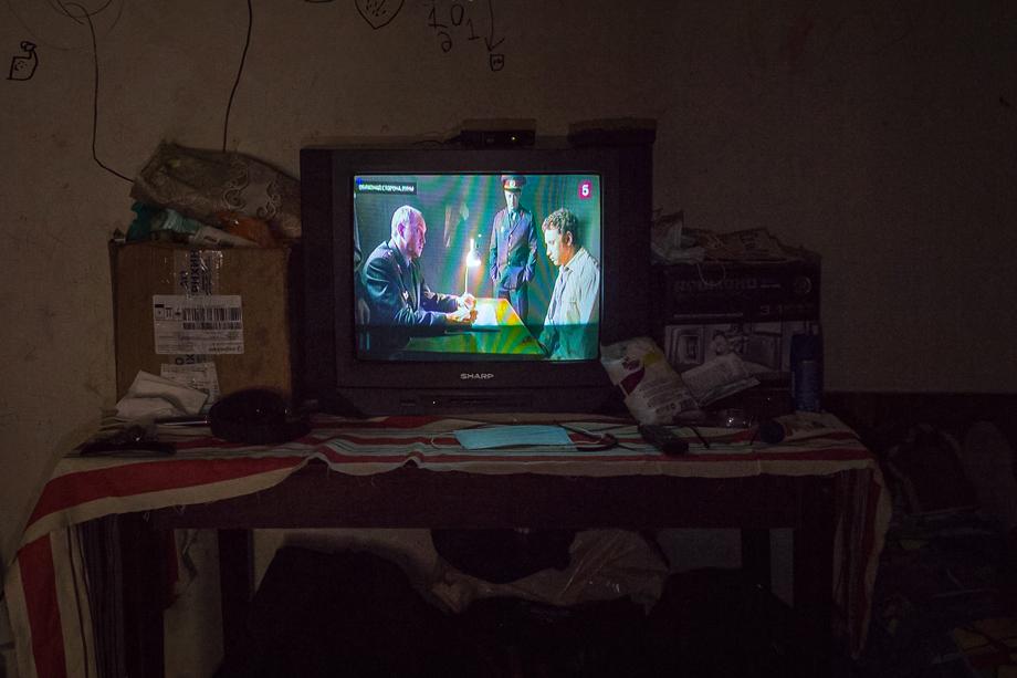 В новом временном «Теремке» есть настоящая роскошь – телевизор.