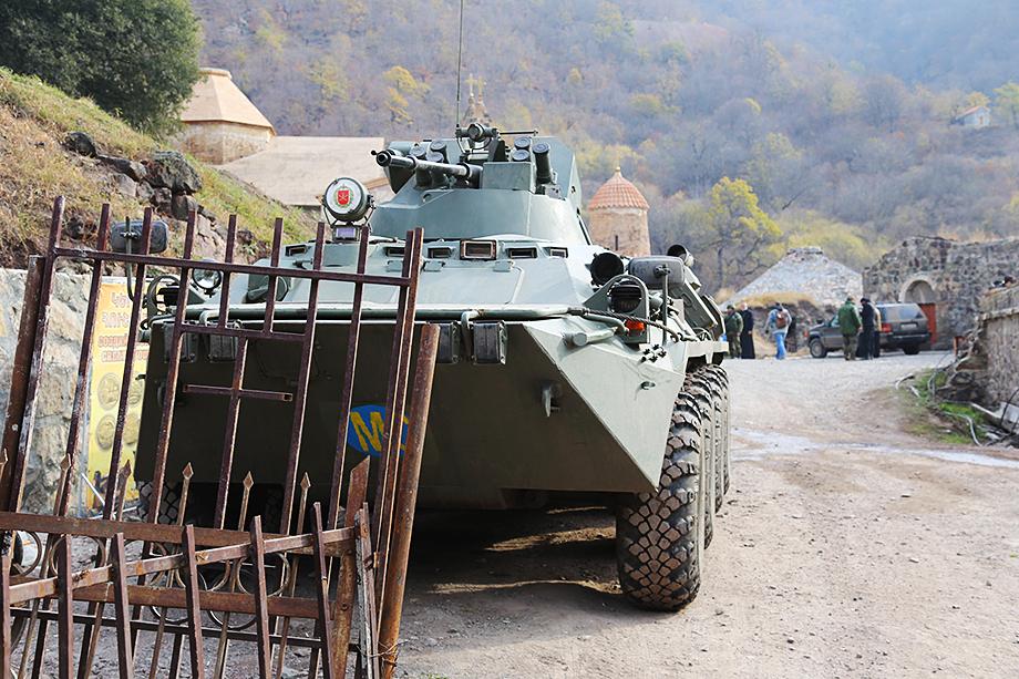Присутствие в Нагорном Карабахе российских миротворцев, увы, не является гарантией того, что конфликт, длящийся уже несколько десятилетий, исчерпан.