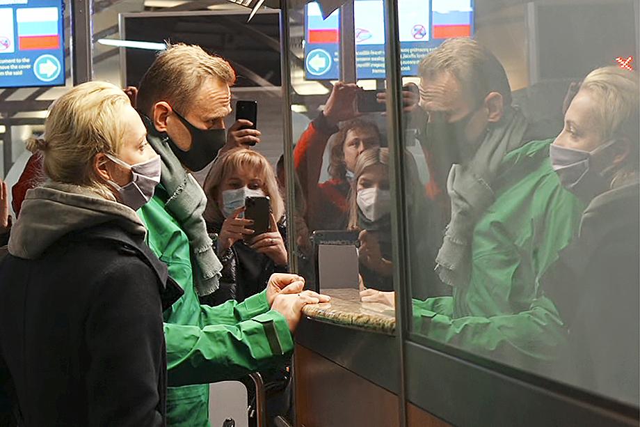 Навальный борется с коррупцией, против плохого и за хорошее, но ровно то же самое известно и о президенте.