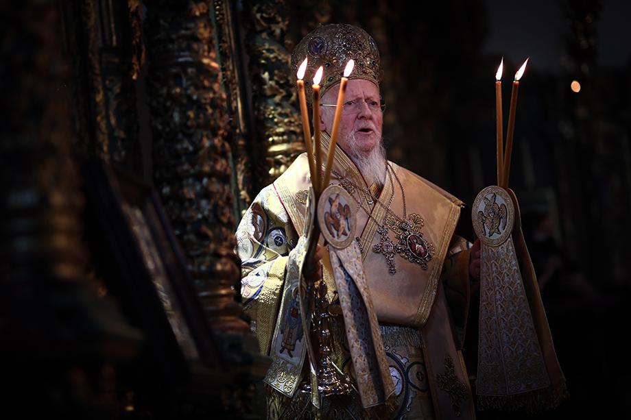 Патриарх призвал верующих к вакцинации.