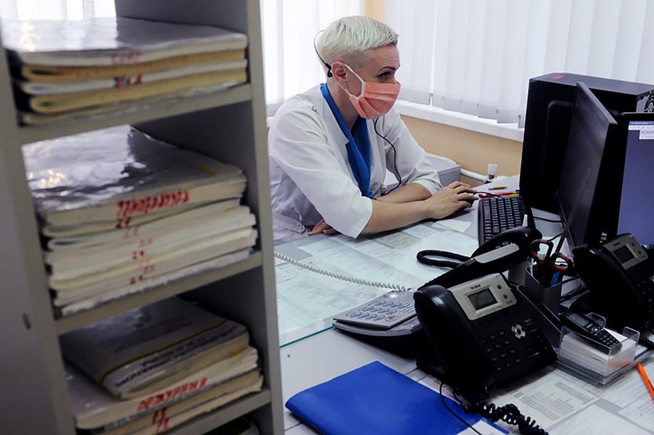 Прошлогодние утечки данных о больных ещё раз показали, насколько уязвимы перед хакерами медицинские учреждения. О каком соблюдении врачебной тайны может идти речь?