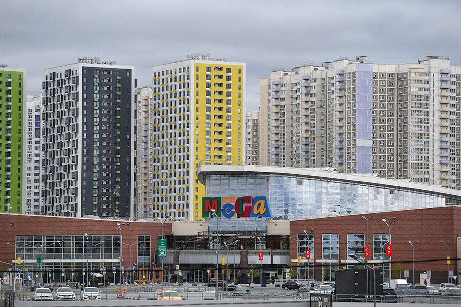 Согласно данным Watcom Group, покупательский трафик в торговых центрах Москвы сократился на 24,8 процента.