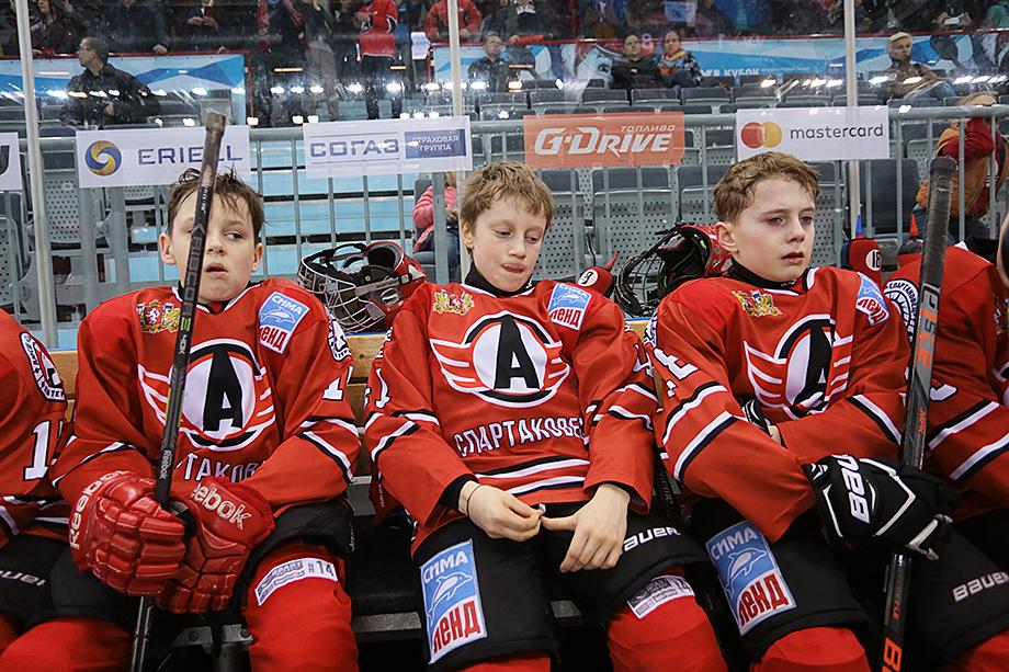 В Свердловской области на сегодняшний день не существует единой базы спортивно одарённых детей. У центра спортивной подготовки нет информации о талантливой молодёжи.