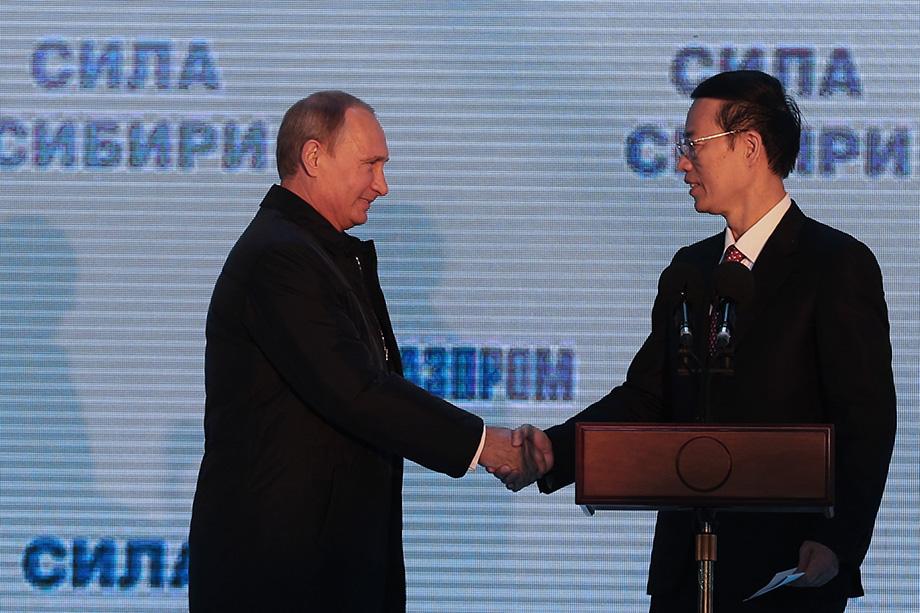 Сближение Китая и России на нефтегазовой почве потенциально может перекроить военно-политическое пространство.