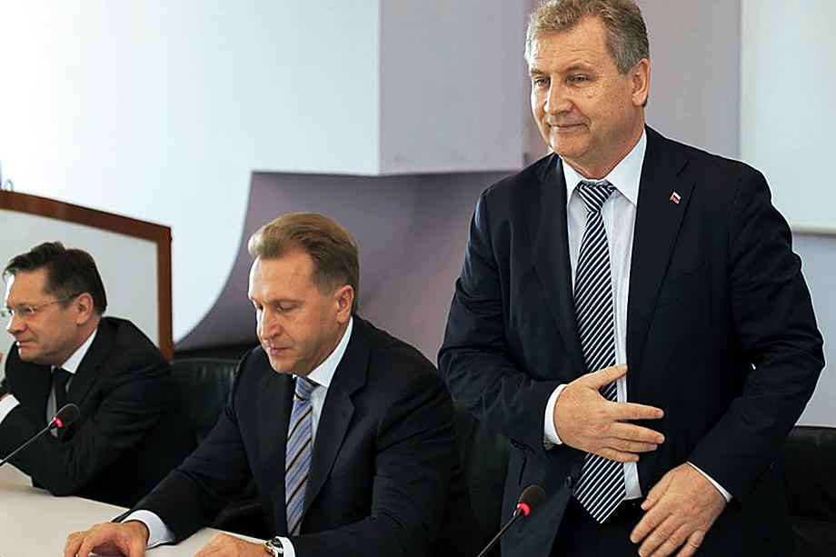 Руководит Роспатентом Григорий Ивлиев (справа), назначение которого курировал тогдашний вице-премьер Игорь Шувалов (в центре).
