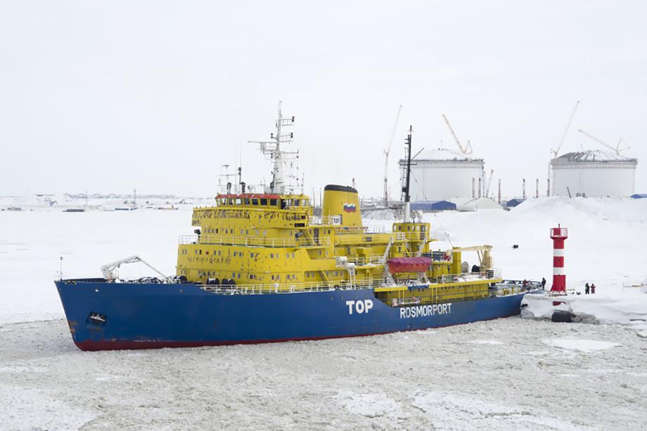 Весь ЯНАО вряд ли имеет шансы полностью войти в Севморпуть, но порт Сабетта с большой долей вероятности будет включён в федеральную территорию.