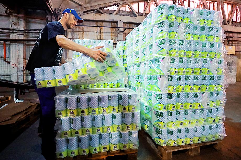 Один из основных производителей туалетной бумаги в России – Сясьский целлюлозно-бумажный комбинат.