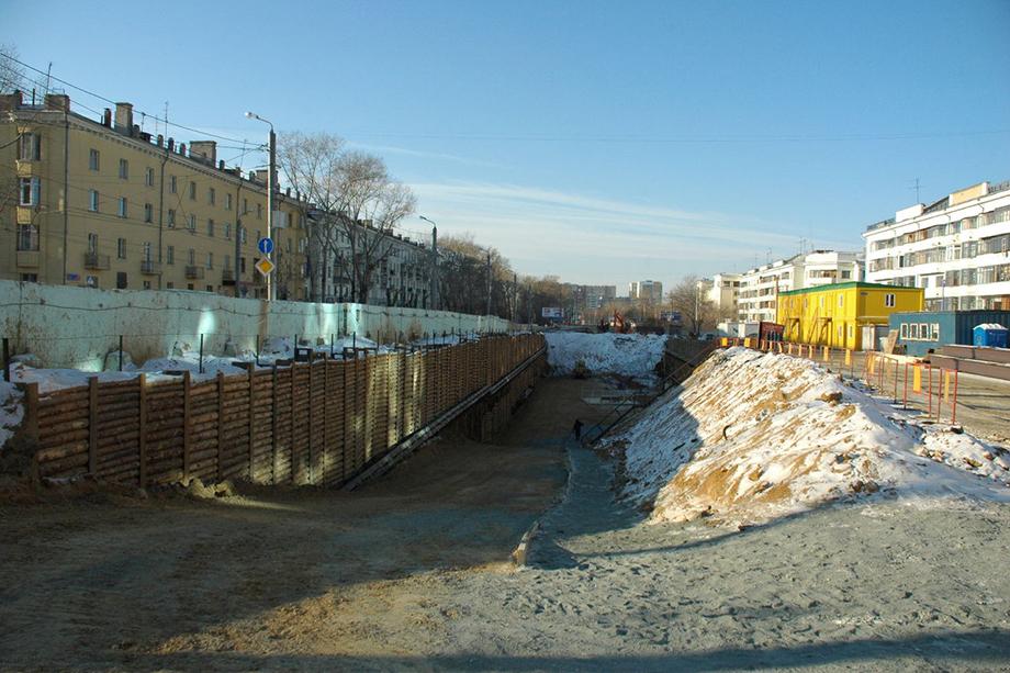 Строящаяся станция «Комсомольская площадь» Челябинского метрополитена. 2007 год.