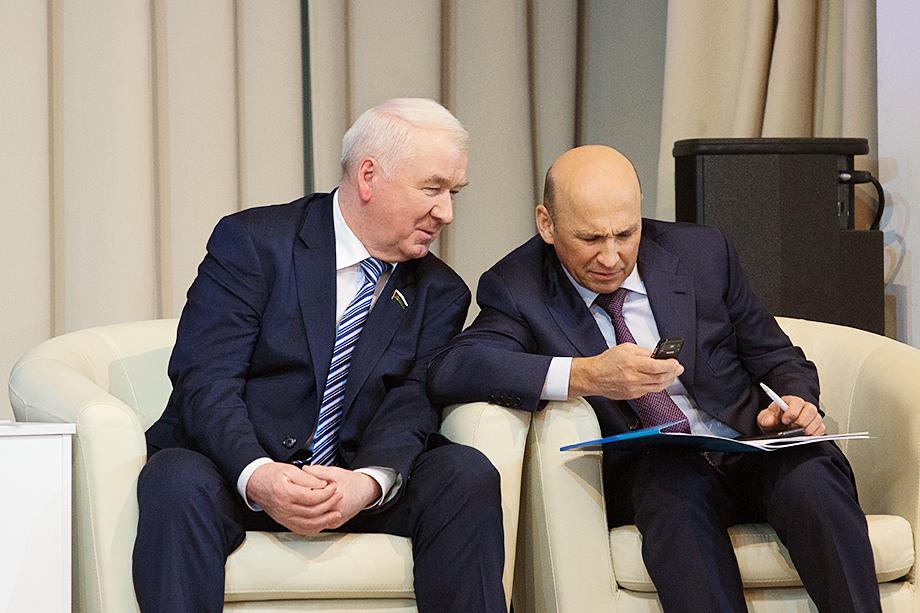Сергей Корепанов (слева) и Сергей Сарычев (справа).