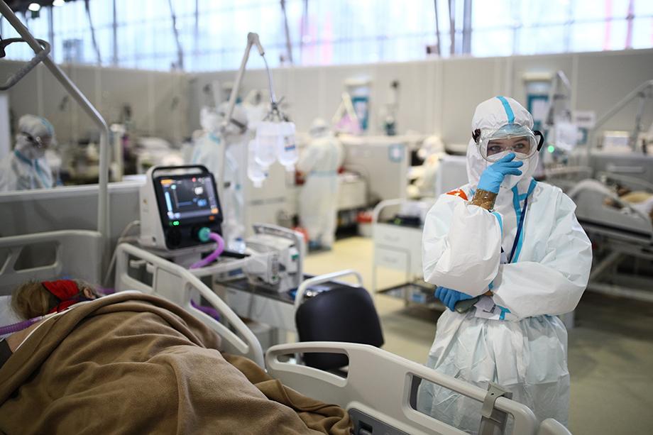 Спецвыплаты за работу в красной зоне для врачей определены в размере 80 тысяч рублей в месяц.