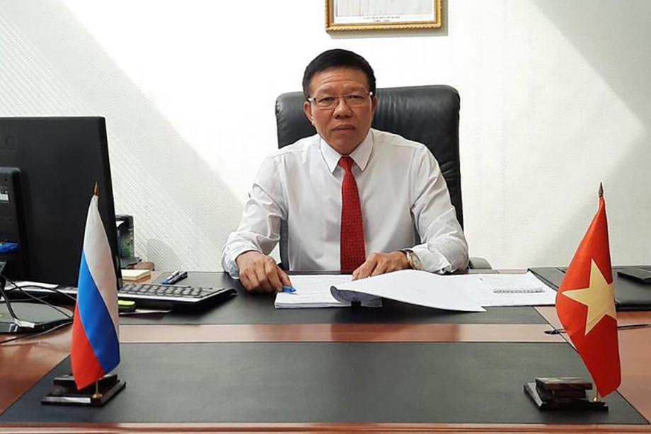 Генеральный консул Республики Вьетнам Динь Ван Донг.