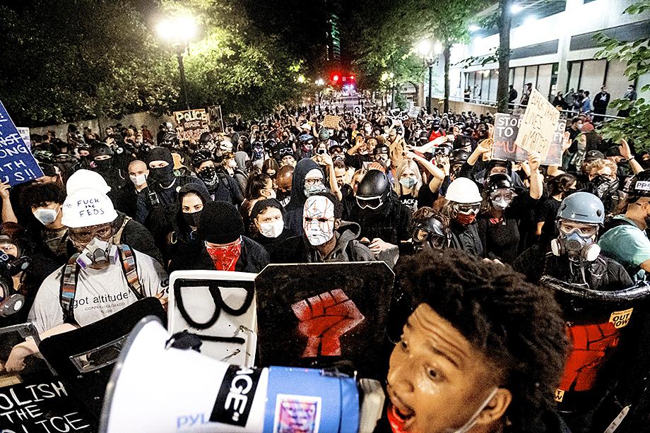 Протесты Black Lives Matters начались в мае 2020 года и продолжаются до сих пор.