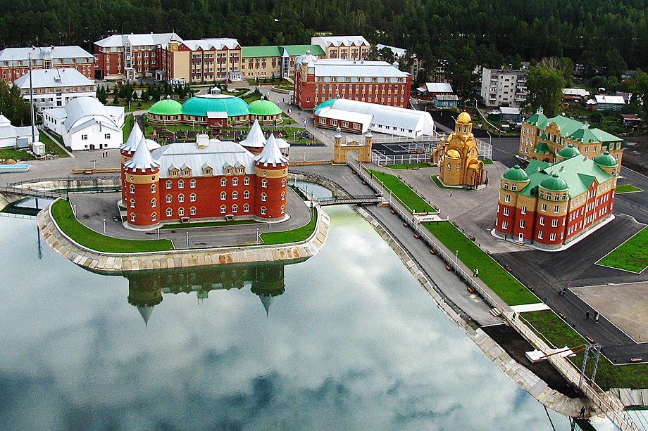 Несмотря на высокую стоимость размещения, в санатории «Обуховский» не осталось свободных мест.
