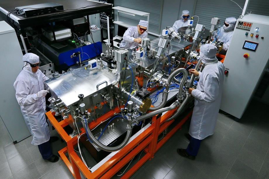 Лаборатория по изучению экстремальных световых полей и их приложений ННГУ имени Лобачевского.