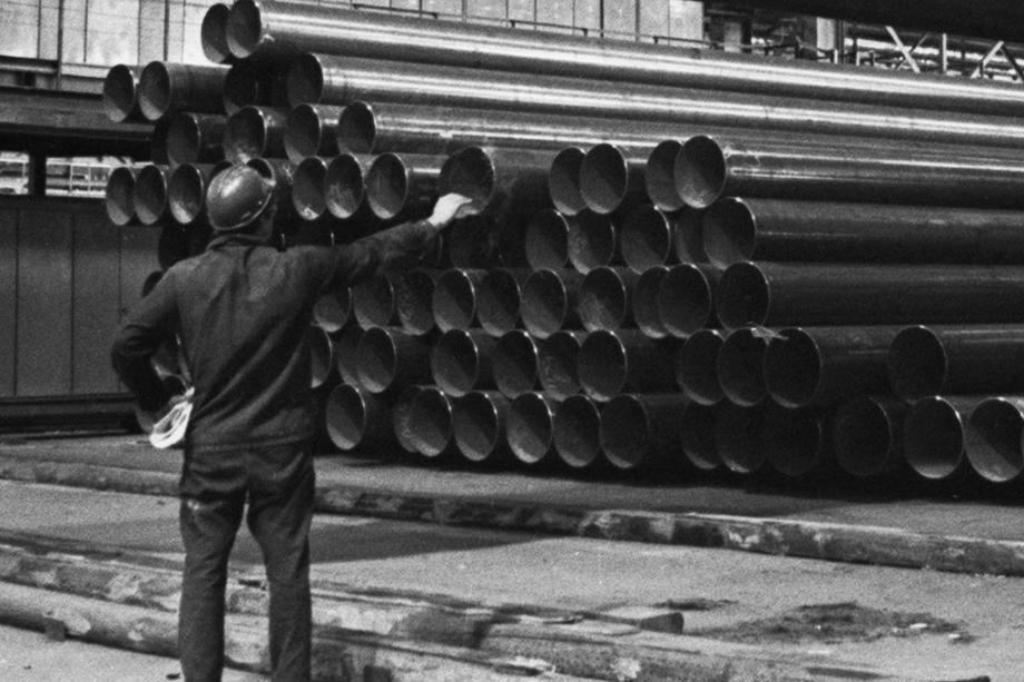Альметьевский трубный завод был построен в 1966 году.