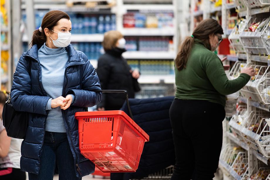 По словам губернатора региона Евгения Куйвашева, ростом цен на продукты сейчас обеспокоены многие.