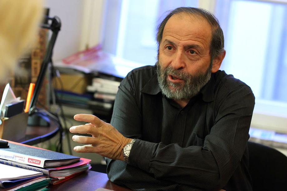 Депутат Законодательного собрания Борис Вишневский считает, что управление театра Эйфмана не способно обеспечить сохранность исторического здания.