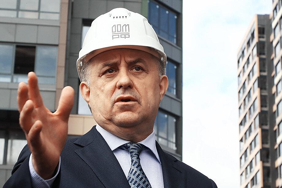Виталий Мутко – автор хромающего на обе ноги нацпроекта «Доступное жильё».