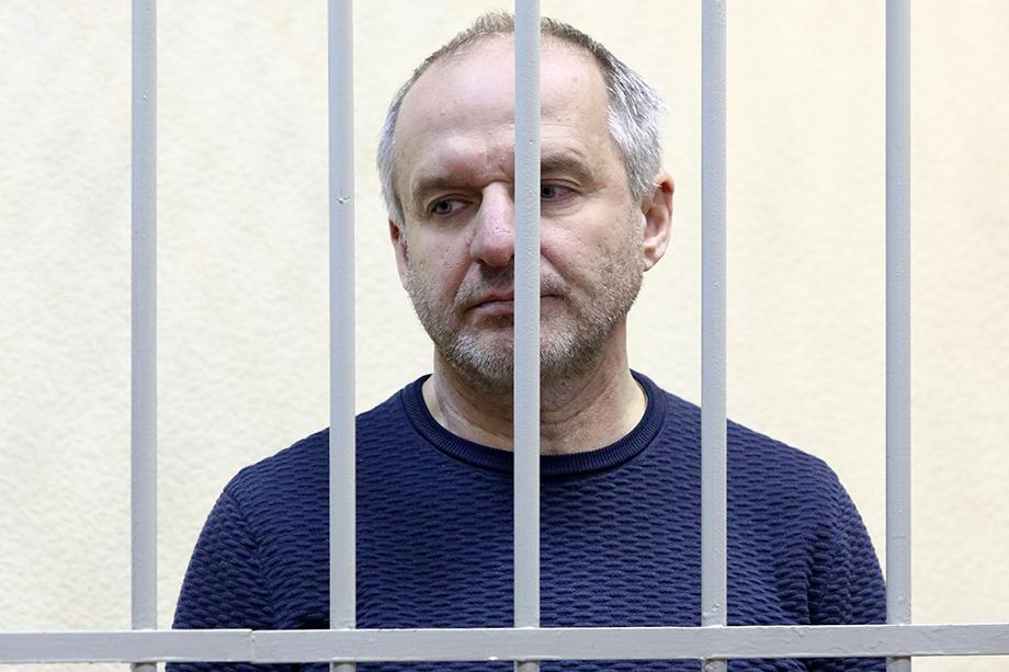 В ноябре 2020 года суд признал Михаила Шилиманова виновным в мошенничестве и приговорил к пяти годам колонии общего режима.