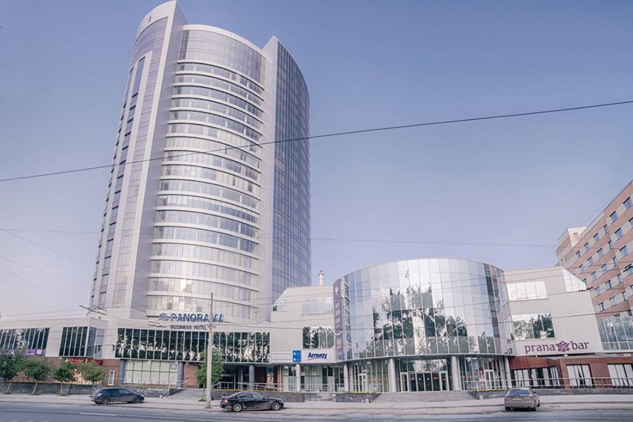 ЦМТЕ – деловой комплекс класса «А» в центре Екатеринбурга, который включает в себя конгресс-центр и бизнес-отель Panorama.