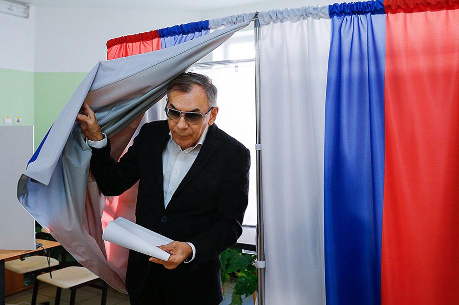 По мнению экспертов, немалую роль в германизации Калининградской области играет президент БФУ Андрей Клемешев.