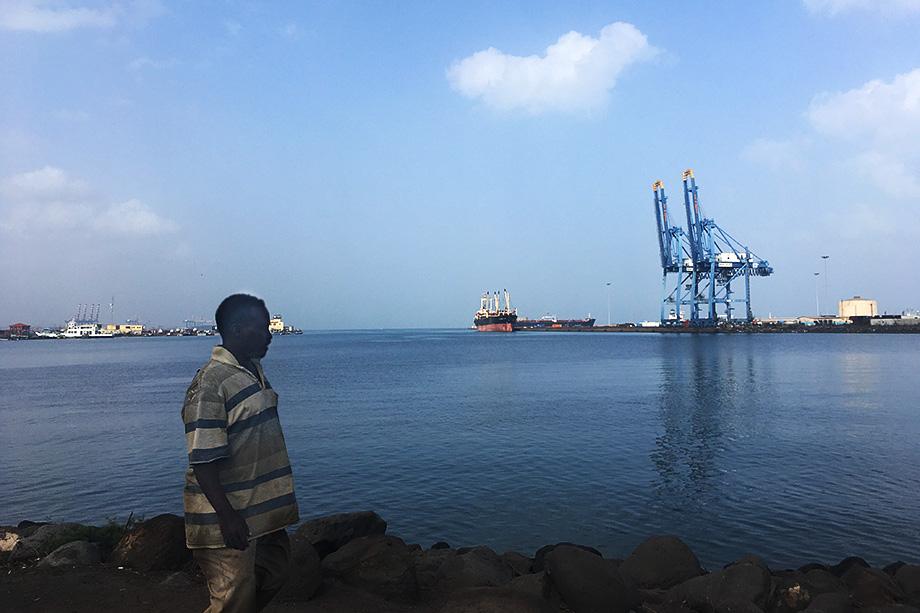 Вид на порт Джибути.