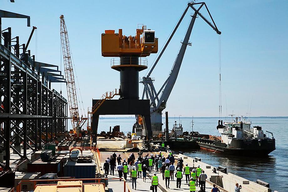 По подсчётам экспертов, газохимический комплекс в Усть-Луге принесёт владельцу более 4 млрд долларов выручки в год.