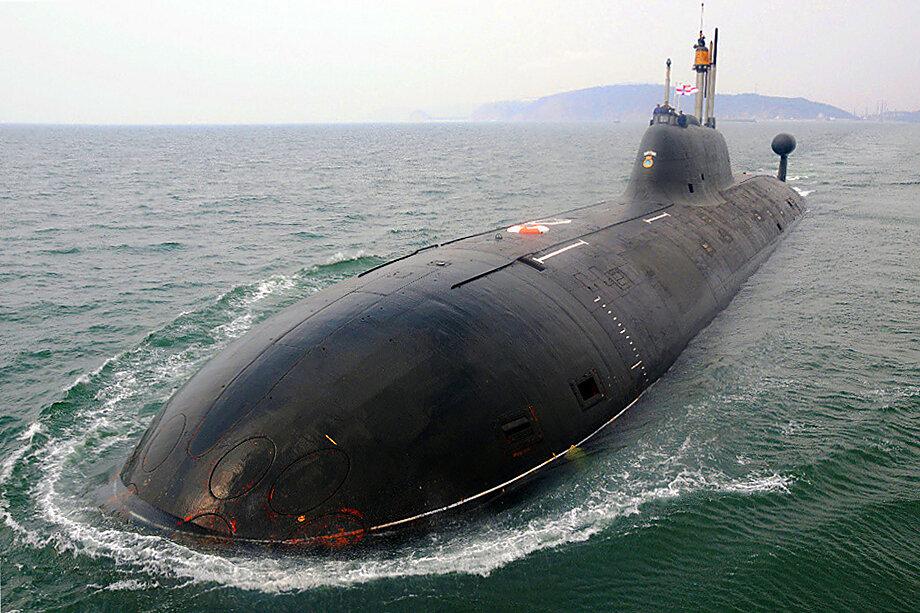 Субмарина, получившая название S-71 Chakra, бороздила океанские просторы во время учений, вызывая огромное беспокойство у её оппонентов – Китая и Пакистана.