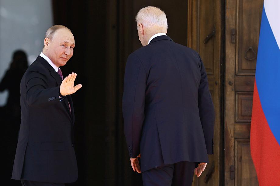 А черту под всеми ожиданиями и опасениями сразу после завершения саммита подвёл президент Путин: «Иллюзий никаких нет и быть не может…»