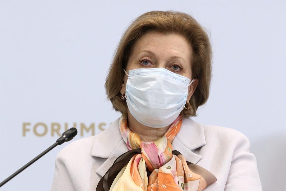 Интересная логическая цепочка прозвучала из уст главного санврача Анны Поповой: «Важно привить от коронавируса всех, кто будет участвовать в голосовании в сентябре».