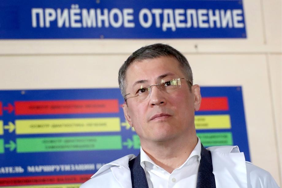 Указ главы Башкирии Радия Хабирова ограничил доступ в общественные пространства людям без прививок или справок об отсутствии инфекции.