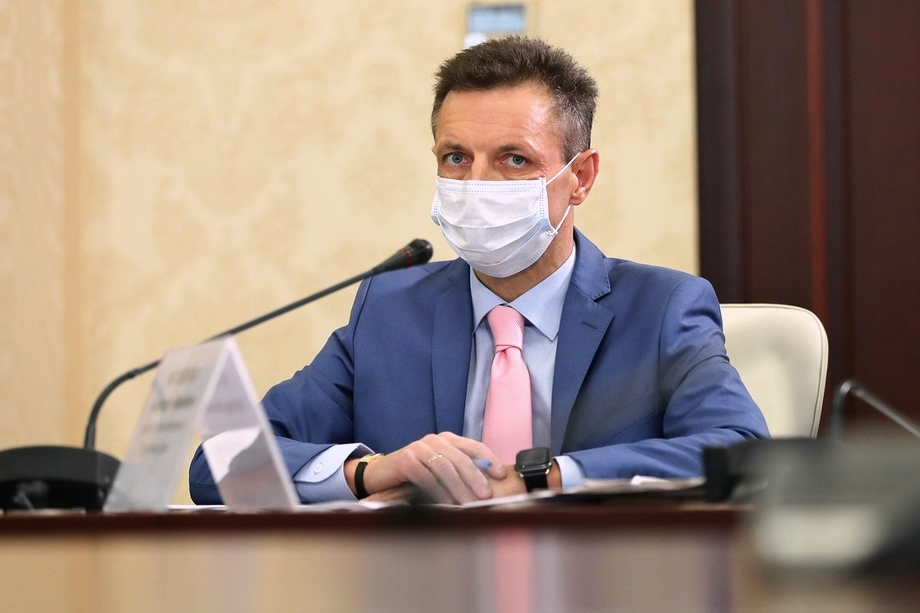 Глава минздрава Крыма призвал туристов сделать прививку на отдыхе.