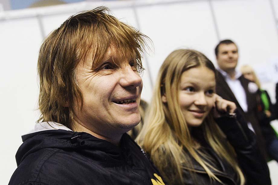Виктор Салтыков хоть и бывший ленинградец, но 34 года из 64 он постоянно живёт в Москве.