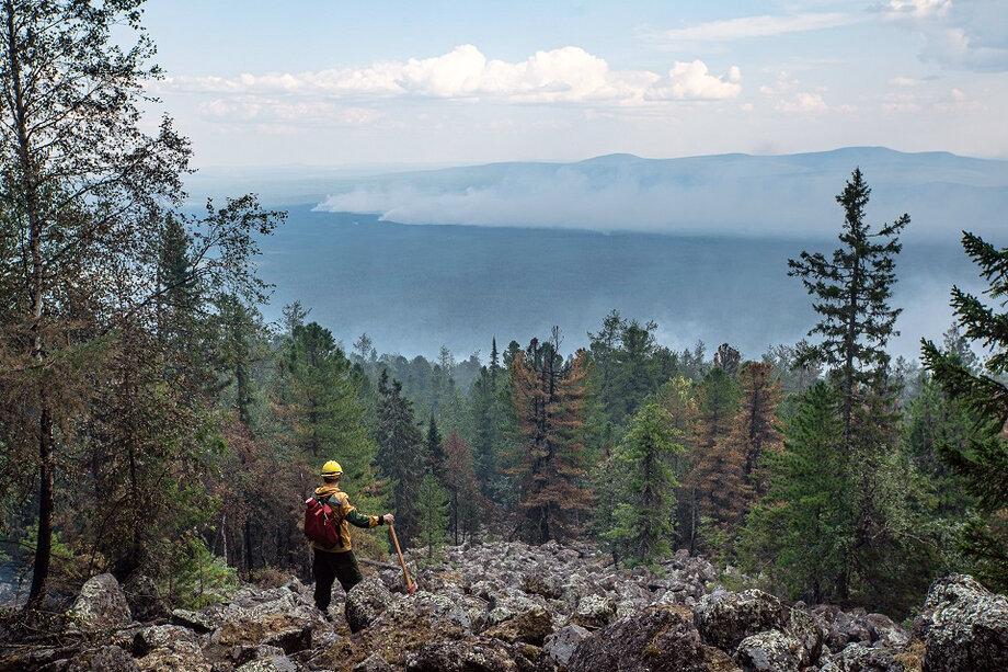 Ранее пожары в «Денежкином Камне» локализовали на площади в 63 гектара и 57,13 гектара.