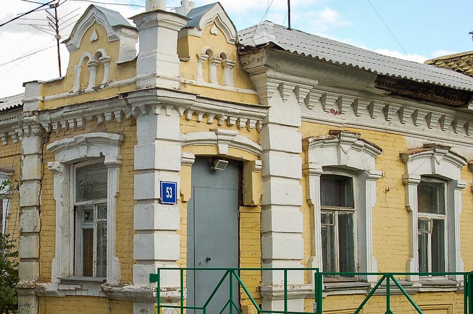 Из старинной усадьбы Шамовых в Уфе похитили лестницу и дверь.