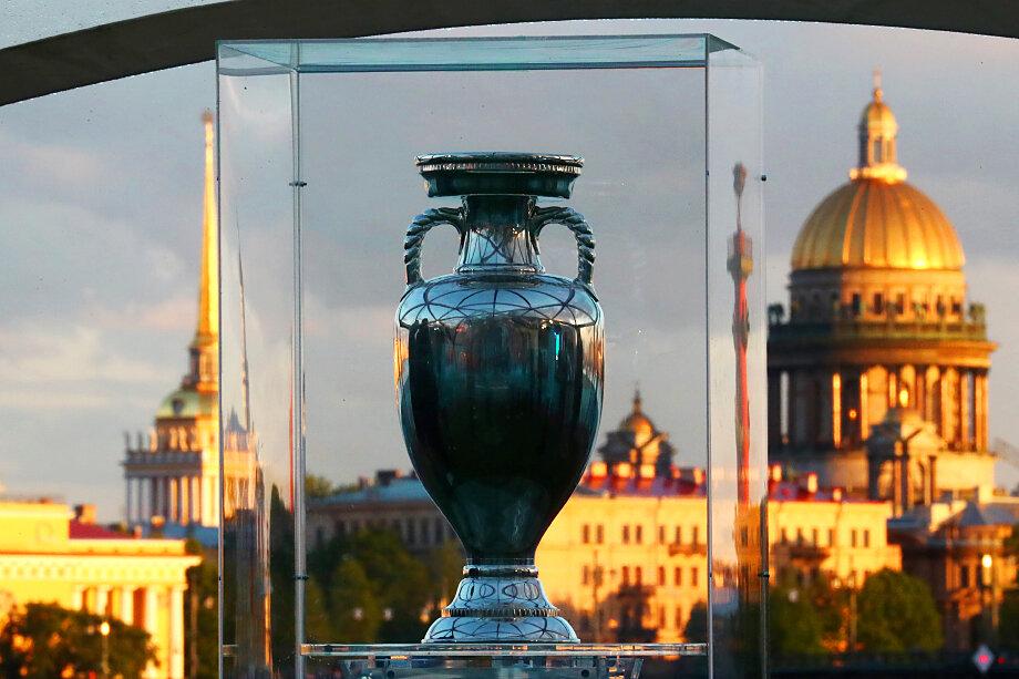 УЕФА высоко оценил уровень проведения матчей чемпионата в Санкт-Петербурге.
