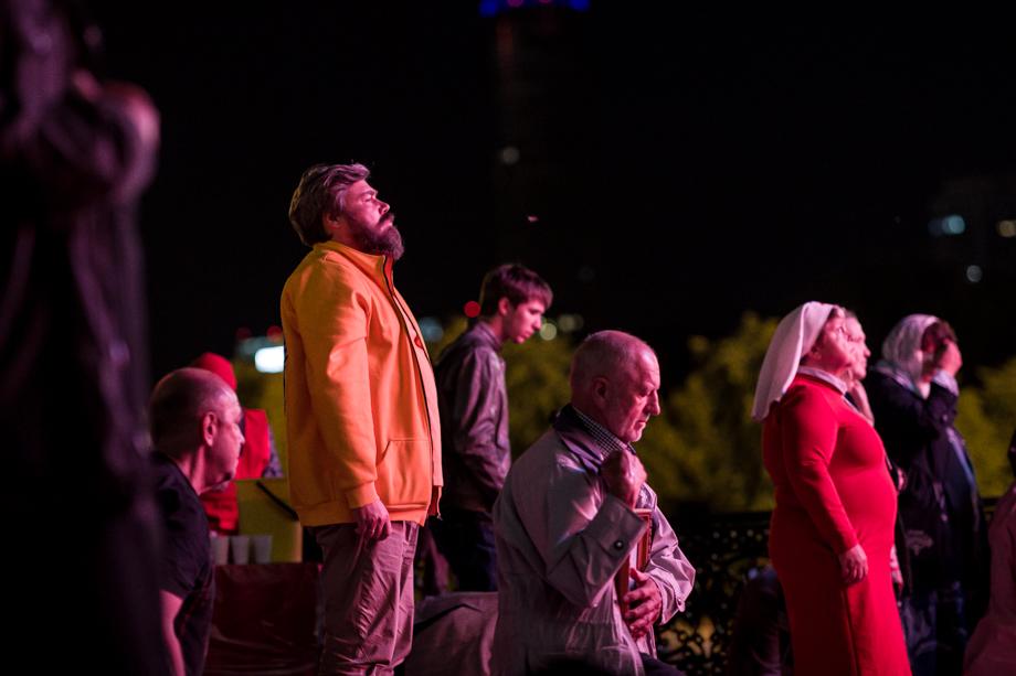 Учредитель «Царьграда» и глава общества «Двуглавый орёл» Константин Малофеев в этом году был среди участников крестного хода.