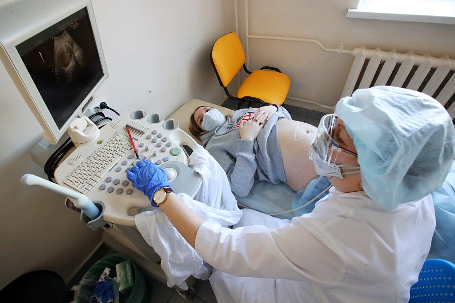 При лечении беременных женщин нельзя применять большинство препаратов.
