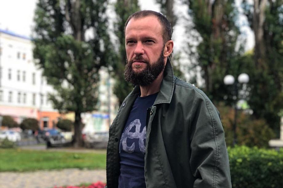Кравченко приобрёл репутацию скандальной личности.