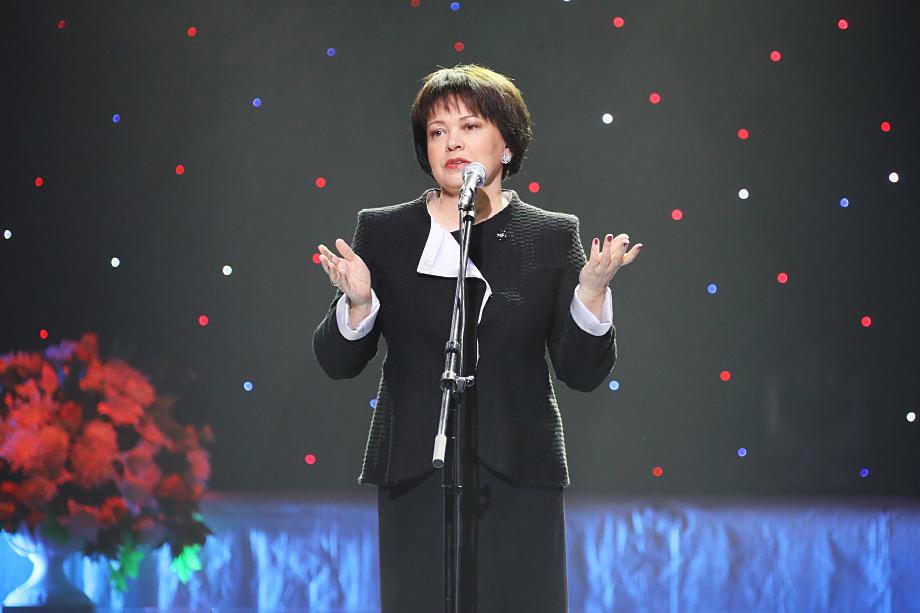 Любовь Совершаева работала на руководящих должностях в «Национальной Медиа Группе» и была председателем совета директоров телерадиокомпании «Петербург».