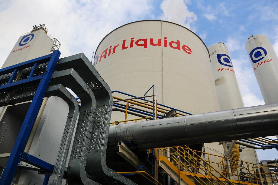 Установку по производству водорода планируется строить совместно с французской Air Liquide, у которой уже есть несколько проектов на территории РФ: например, завод по производству промышленных газов в Кузбассе.