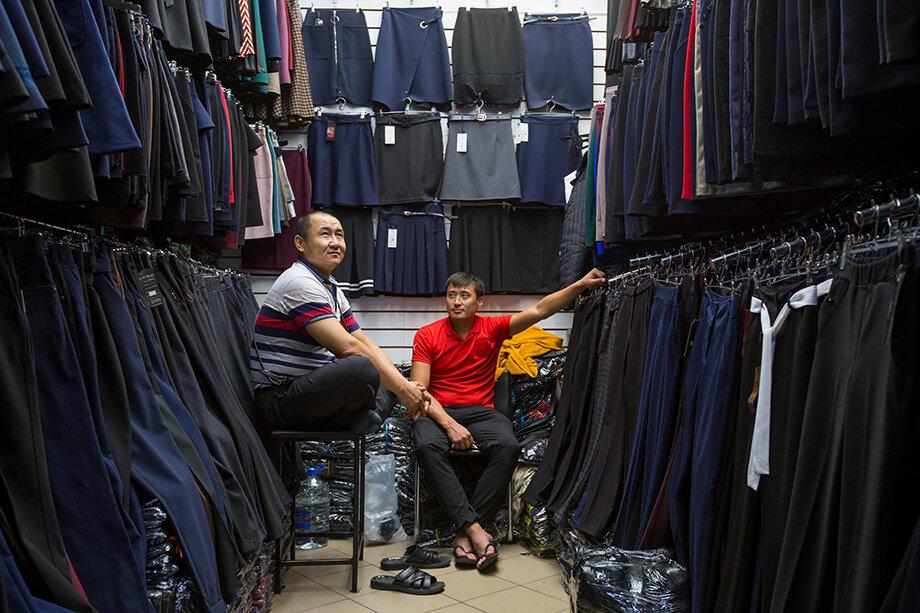 Из-за повышения цен на контейнерные перевозки ожидается рост цен на одежду и обувь из Юго-Восточной Азии.