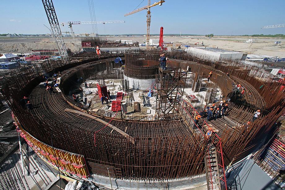 Строительство «ядерного острова» первого энергоблока Балтийской атомной станции (АЭС).