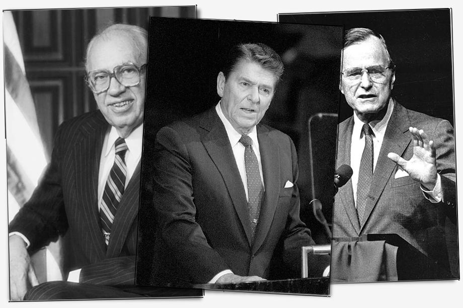 Через год с небольшим американский «узкий круг», состоящий из президента Рональда Рейгана (на фото в центре), вице-президента Джорджа Буша (на фото справа), министра обороны Каспара Уайнбергера, госсекретаря Александра Хейга, директора ЦРУ Уильяма Кейси (на фото слева) и советника президента по нацбезопасности Ричарда Аллена сменили политику «сдерживания» СССР на курс подрыва советской мощи.