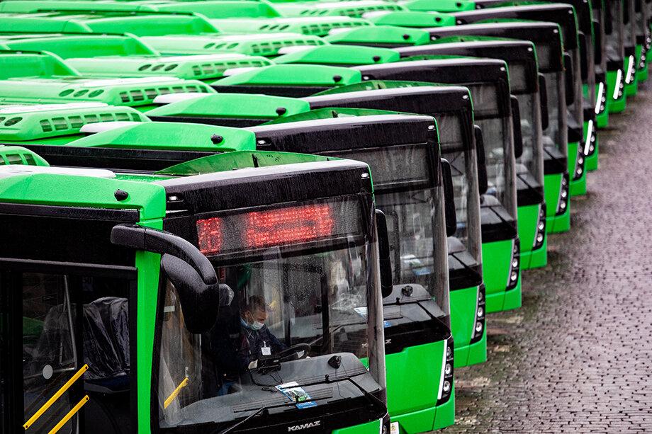 В рамках программы «Чистый воздух» Челябинск получит 157 автобусов.