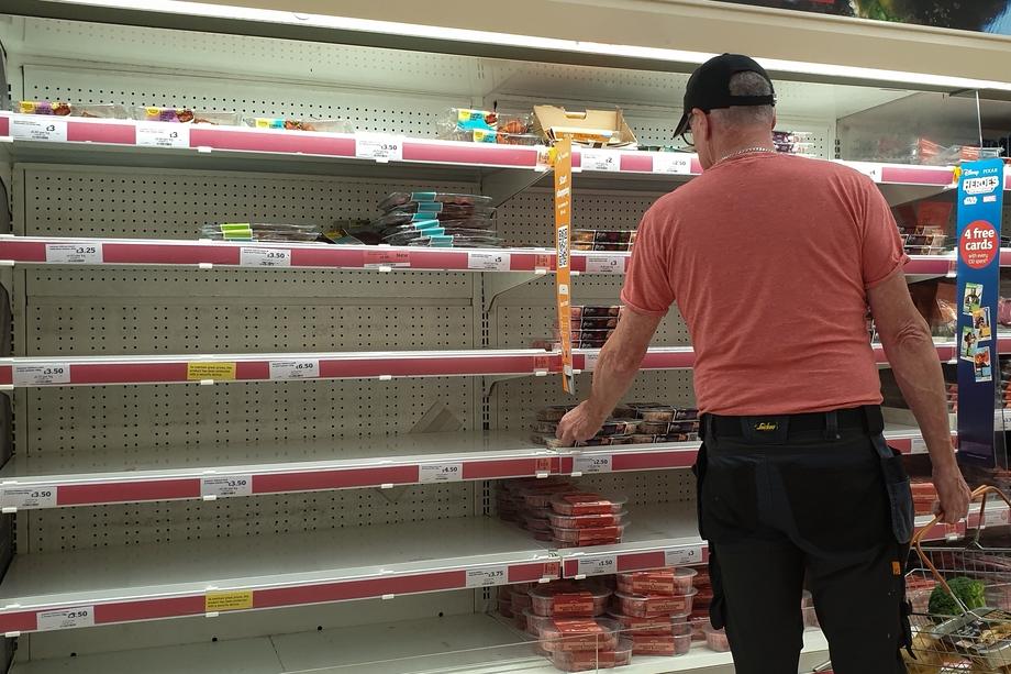 20 сентября 2021 года. После того как два крупнейших газовых поставщика остановили своё производство, в магазинах Лондона опустели полки с мясной продукцией из-за опасений грядущего продовольственного кризиса.