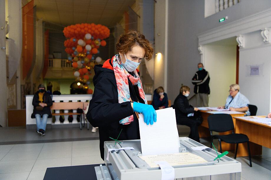Губернатор Санкт-Петербурга выразил мнение, что выборы прошли нормально.