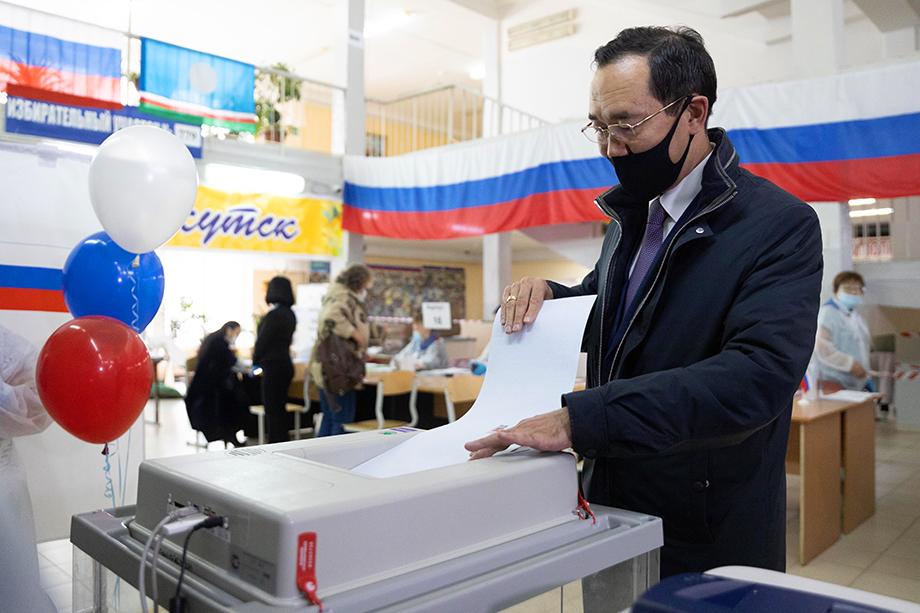 Список «Единой России» в Якутии возглавлял Айсен Николаев.