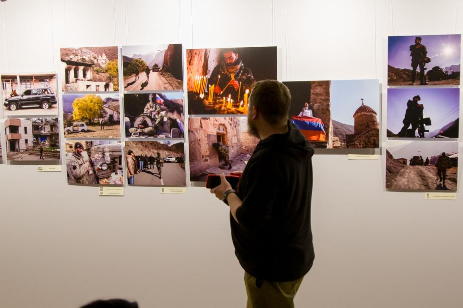 Выставка Ростислава Журавлёва будет работать до 1 октября.